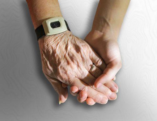 La durata di visita dei parenti è un trattamento efficace per i pazienti cardiologici in terapia intensiva