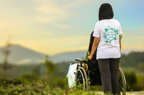 Le badanti: un welfare che rispetti la dignità di chi assiste e di chi è assistito