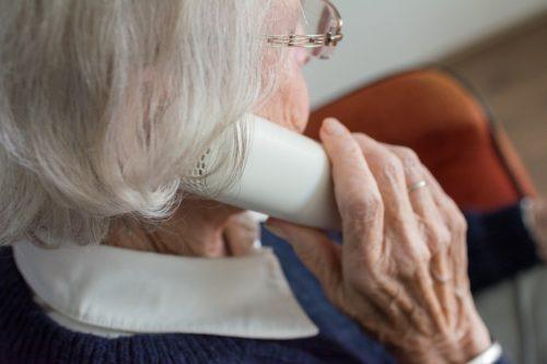 La cittadinanza attiva e il contrasto alla solitudine L'esperienza della telefonia sociale di Auser