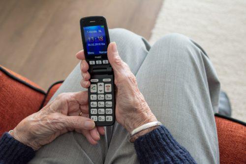 Infermieri, anziani e tecnologia: un triangolo che rotola bene?