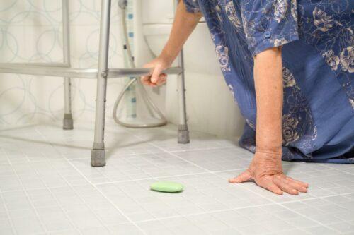 Prevenzione del rischio di caduta nelle persone fragili al domicilio